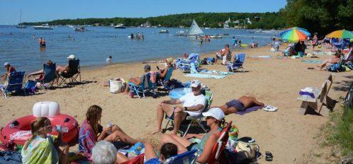 groups enjoying the lakeside